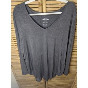 Torrid size 2 Angle Wing Super Soft tee
